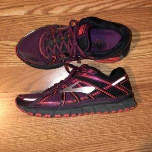 Women's Brooks Running shoe Size 8.5